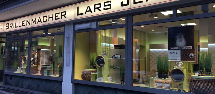 Brillenmacher Lars Jensenin in Elmshorn Thema Relax